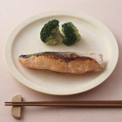 サケの塩麹漬け焼き